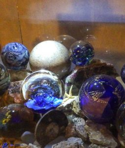 Collection de boules en verre