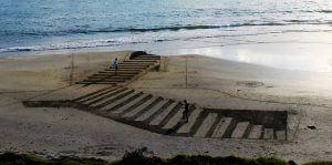 Beach Art in New-Zealand - Jamie Harkins - Source designfather.com