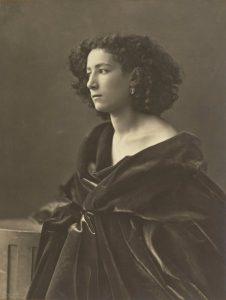 Nadar - Sarah Bernhardt - 1864