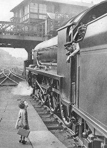 Waterloo Station, 1924 - Source Pinterest